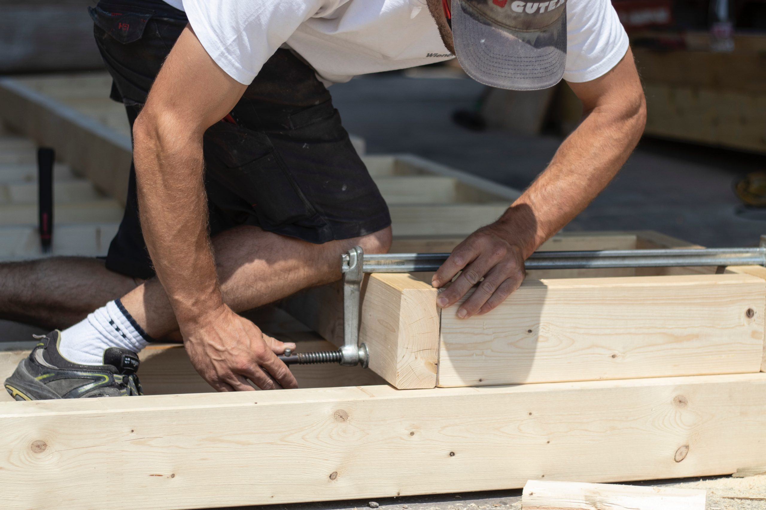 Do's and Don'ts in Roof Repair and Replacement
